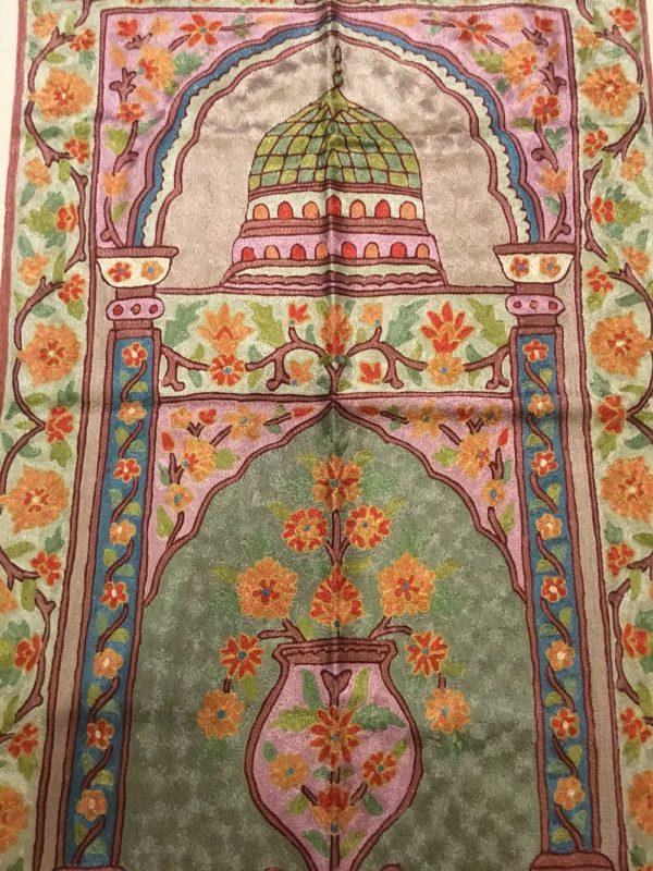 handmade Prayer Mats Embroidered silk rugs