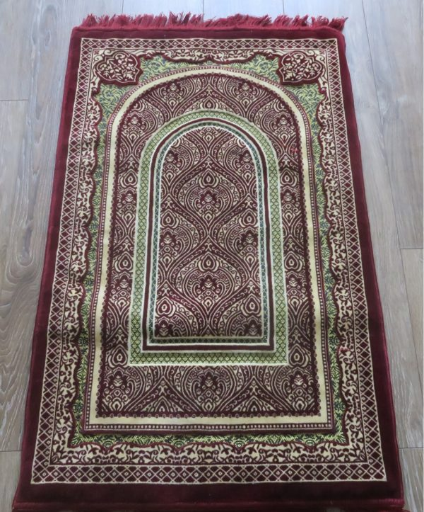 Luxury Thick Sponge Padded Prayer Mat made in madinah prayer rug