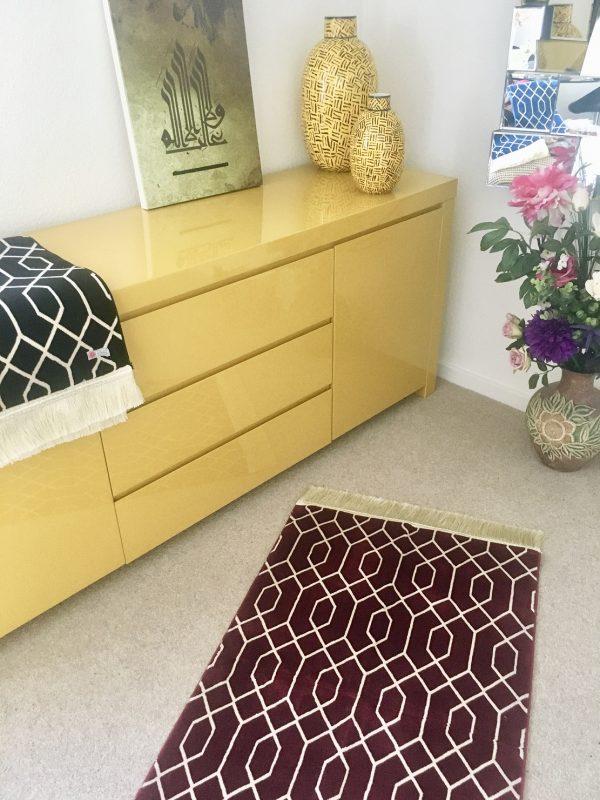 burgandy geometric prayer mat musallah sejadah rug made in madinah