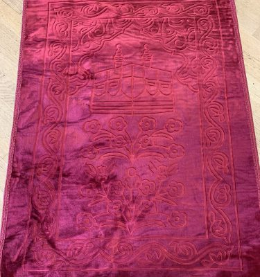 deep red Velvet syle padded prayer rug